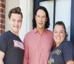 Keanu Reeves Surprises Fans With Sweet Message on a Yard Sign
