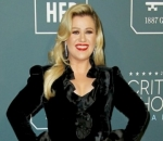 Kelly Clarkson Asks Judge to Keep Divorce Battle From Prying Eyes