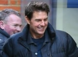 Tom Cruise Gives Piglet to 'A Few Good Men' Director