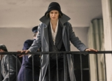 Katherine Waterston Hated Her Character's Heavy 'Fantastic Beasts' Coat