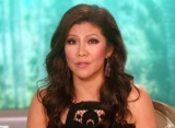 Report: Julie Chen Leaves 'The Talk' as She Stands by Les Moonves Amid Sexual Harassment Scandal