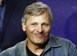 Viggo Mortensen Kicks Off Directorial Career With 'Falling'