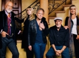 Fleetwood Mac Cancels Two Concerts to Protect Stevie Nicks' Voice