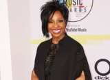 Internet Is 'Canceling' Gladys Knight for Accepting National Anthem Gig at Super Bowl LIII