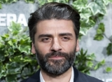 Oscar Isaac Pours Cold Water to Batman Casting Rumors Despite Hint of Interest