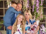 Jessica Simpson Treats Fans to First Photos of Baby Birdie's Face on Easter