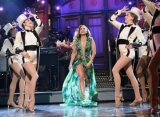 Jennifer Lopez Wears Iconic Versace Dress on 'SNL'