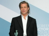 Brad Pitt Jokes About Adding His SAG Award Win to His Tinder Profile