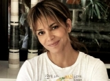 Halle Berry Praised for Withdrawing From Transgender Role After Backlash