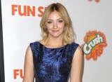 Abby Elliott Gives Birth to First Child After Infertility Struggles