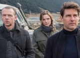 Tom Cruise, Simon Pegg, Rebecca Ferguson Cuddle Up in Adorable 'Mission: Impossible 7' Set Pic