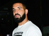 Drake Accused of Getting Liposuction After Showing His Abs in Workout Video
