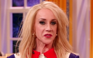Kathy Griffin Debuts Kellyane Conway Impersonation on 'The President Show'