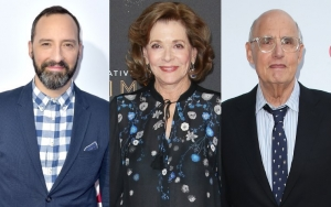 Tony Hale Apologizes to Jessica Walter for Defending Jeffrey Tambor Against Her Accusations