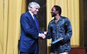 Kendrick Lamar Has Accepted Pulitzer Prize for Music: 'It's an Honor'