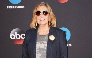 Roseanne Barr Tearfully Apologizes for Racist Tweet in New Interview
