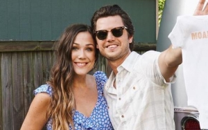 Singer Steve Moakler and Wife Are Expecting