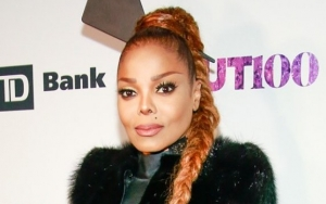 Janet Jackson Pays Tribute to Late Father Joe at New York Show