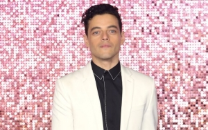 Rami Malek Gives Gold Treatment to His Fake Freddie Mercury Teeth