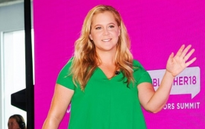 Amy Schumer Shares Proof of Pregnancy Struggle With Vomiting Video