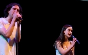 Courteney Cox Shows Off Daughter's Singing Skills With Gary Lightbody Duet Video