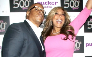 Wendy Williams Serves Kevin Hunter With Divorce Papers on Show Set