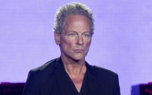 Lindsey Buckingham Returns to Stage for Daughter's High School Graduation