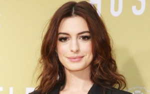 Anne Hathaway Gets Candid About 'Painful' Struggle to Conceive Second Baby