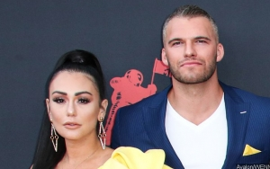 JWoww and Boyfriend Shut Down Pregnancy Rumors Following 2019 MTV VMAs Appearance