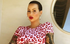 Amber Rose Spreads Her Legs in NFSW Pregnancy Photo