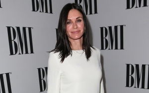 Courteney Cox Spills Real Reason Behind Decision to Binge-Watch 'Friends' Amid Coronavirus Crisis