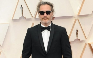 Joaquin Phoenix Recalls Vomiting Backstage Before TV Interview Due to Intense Anxiety