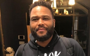 Anthony Anderson Plans to Alter Own Clothes After Losing 17 Pounds in COVID-19 Lockdown