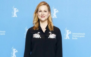 Laura Linney Talks About Struggles to Get Pass Father's Bad Reputation in Her Early Career