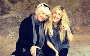 Ellie Goulding Ends Feud With Mom Amid Pregnancy