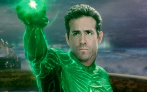 Ryan Reynolds Live Tweets Ticklish Commentary During His First Ever Viewing of 'Green Lantern'