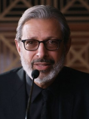 Jeff Goldblum on Steven Spielberg's Plan to Cut Him From 'Jurassic Park': 'Come to Your Sense'