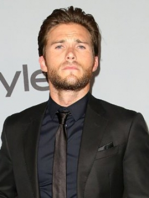 Scott Eastwood Shares Devastating Toll of Alzheimer in Own Family