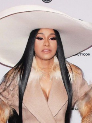 Cardi B Shocks Fans With Receding Hairline After Extensive Wig Use