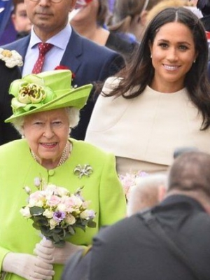 Report: Queen Elizabeth 'Bans' People From Mentioning Meghan Markle Following Balmoral Snub