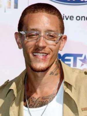Former NBA Star Delonte West Is Captured in Video Getting Beaten Up in the Streets