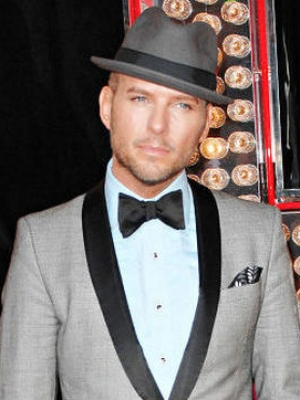 Matt Goss Releases New Single to Feed NHS Workers