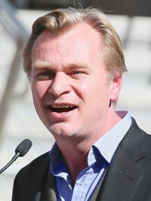 Christopher Nolan Denies Bizarre Claim He Bans Chairs From Set