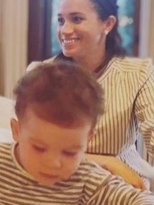 Archie Looks Adorable With Full Head of Hair as He Twins With Mom Meghan Markle in New Picture