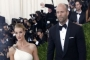 Report: Jason Statham and Rosie Huntington-Whiteley to Get Married on New Year's Eve
