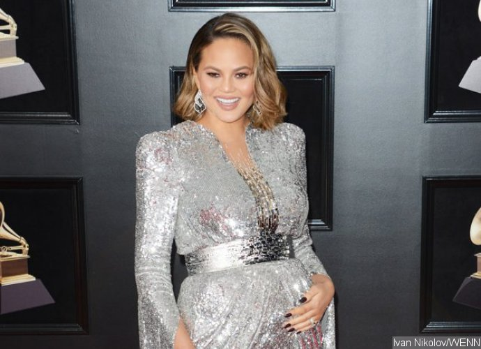 Chrissy Teigen quits Snapchat amid Rihanna ad scandal, recent update