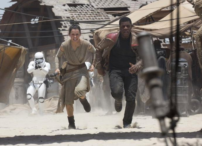 Finn and Rey Are Back Together in STAR WARS: EPISODE IX!