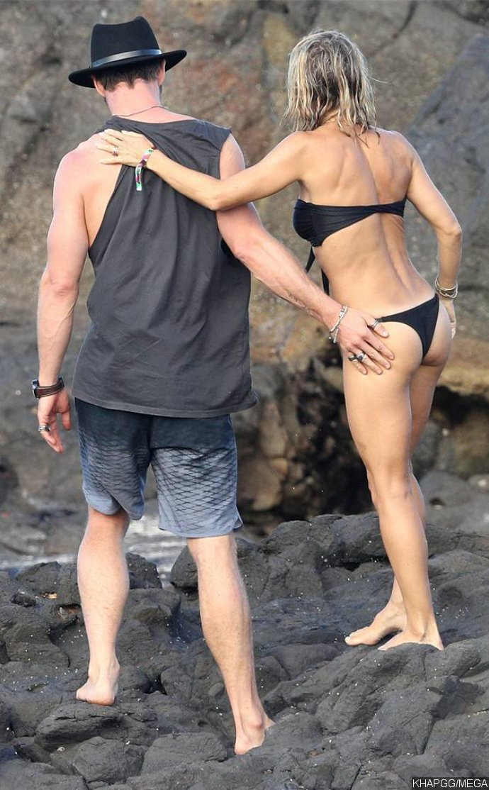 Chris Hemsworth and Elsa Pataky's Makeout Session