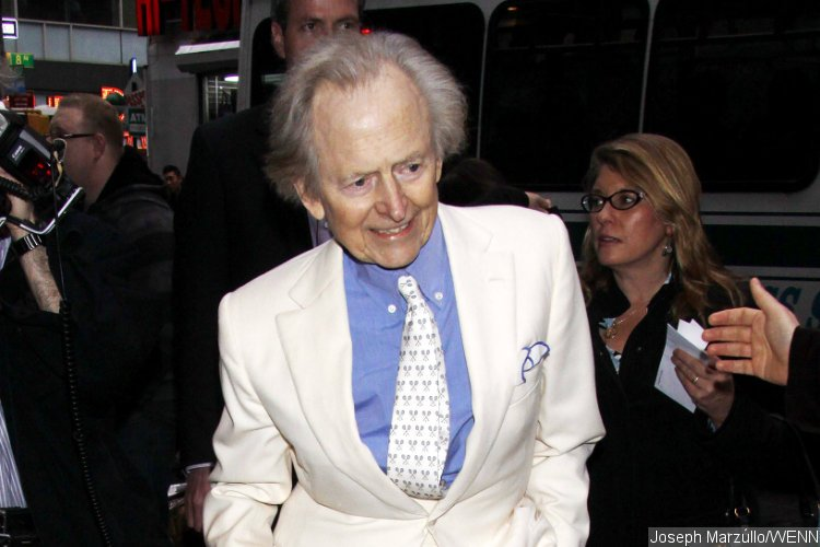 Bonfire of the Vanities author Tom Wolfe dies