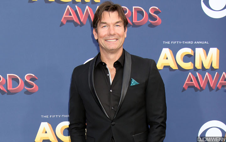 Jerry O'Connell Tapped to Host Late Night Talk Show